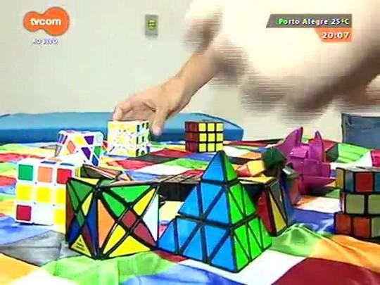#PortoA - Dezenas de competidores se reúnem em POA para campeonato de cubo mágico