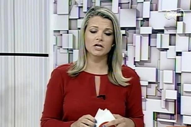 TVCOM 20h - Àgua distribuiída pela Casan chega amarelada em residências de Porto Bello - 21.1.15