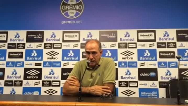 Médico do Grêmio fala sobre surto de caxumba
