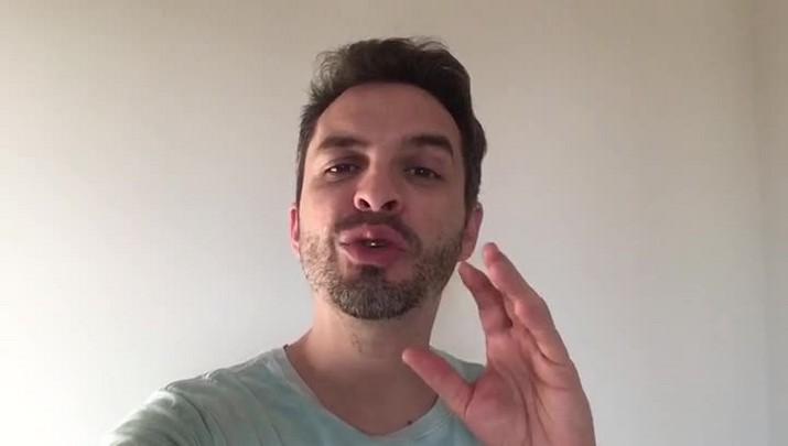 Comediante Bruno Motta estará no dia 8 em Joinville
