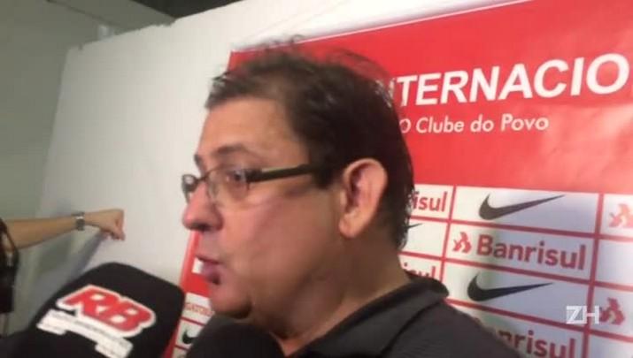 """Guto Ferreira: \""""Cirino é um jogador que compete\"""""""