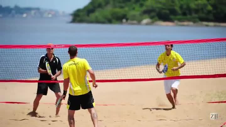 Esportes na orla: beach tennis