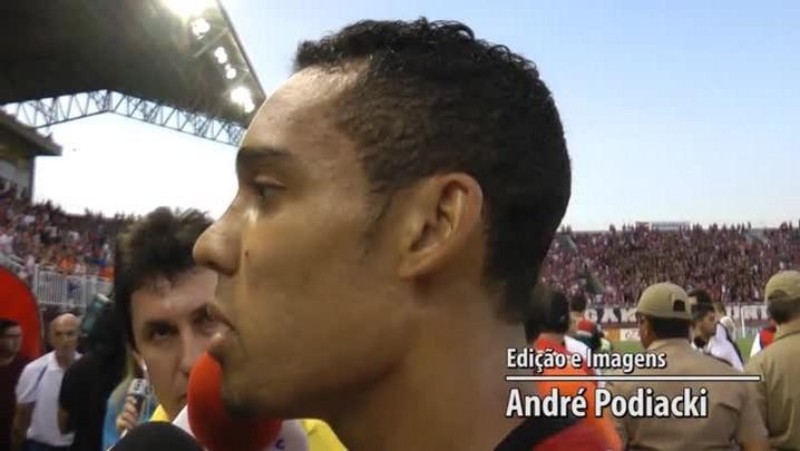 Edigar Júnio comenta o gol da vitória do JEC sobre o Figueirense