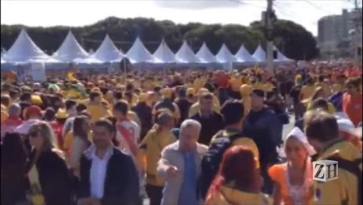 Torcedores começam a chegar no Beira-Rio para jogo entre Holanda e Austrália
