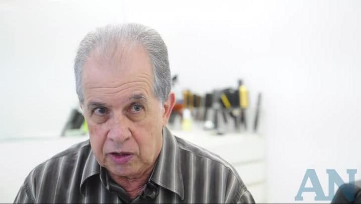 Sebastião Machado fala sobre os 45 anos do Tião Cabeleireiros