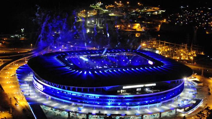 Imagens aéreas da inauguração da Arena