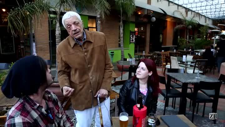 Sant\'Ana vai a restaurante onde come sua panqueca preferida