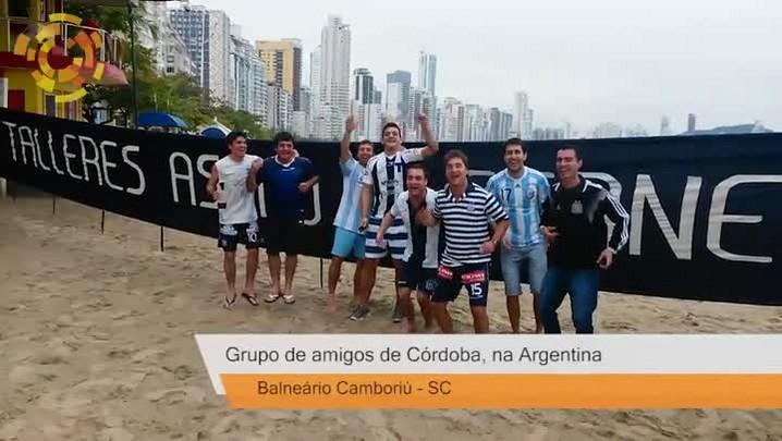 Turistas argentinos tomam Balneário Camboriú para a Copa