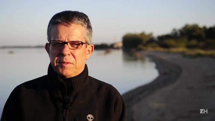O homem que mapeia a degradação do Guaíba