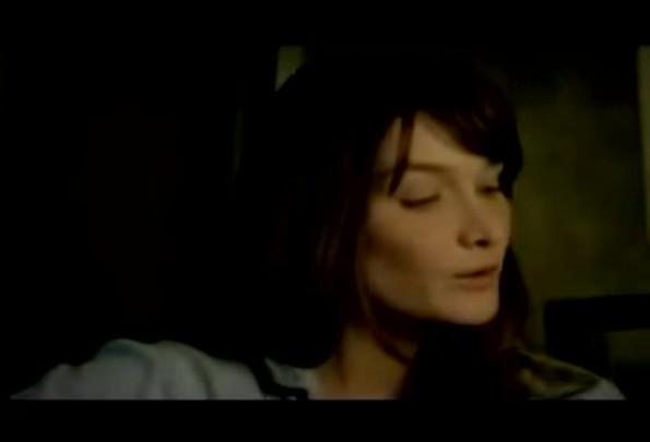 Carla Bruni - Quelqu\'un m\'a dit