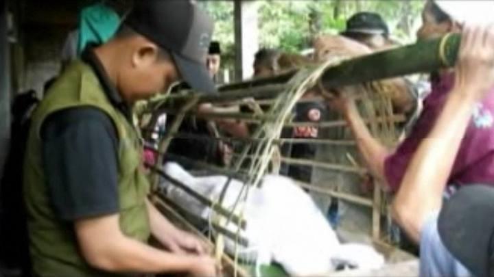 Dezenas de mortos em deslizamentos na Indonésia
