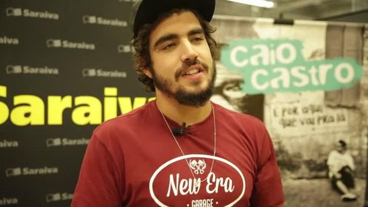 Caio Castro fala sobre seu primeiro livro