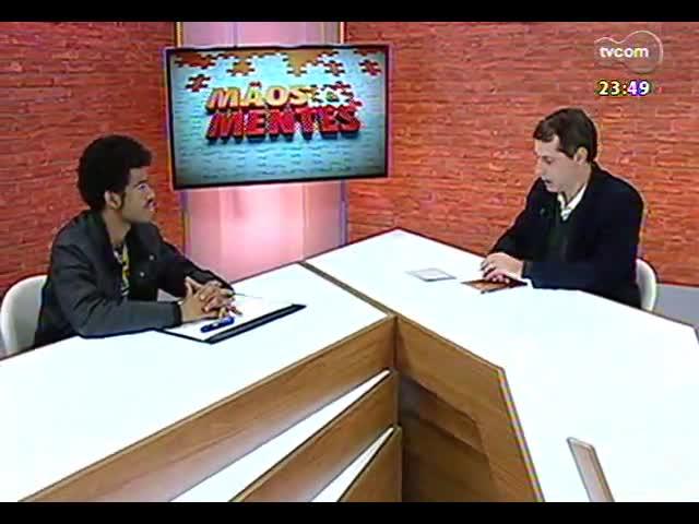 Mãos e Mentes - Editor-chefe do jornal A voz da comunidade, do Complexo do Alemão (RJ), Rene Silva - Bloco 2 - 20/09/2013
