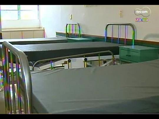 TVCOM 20 Horas - Hospital construído há 13 anos em Barra do Ribeiro e que nunca atendeu deve abrir no mês de maio - Bloco 1 - 07/01/2014