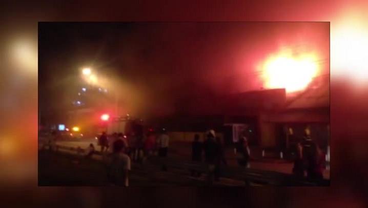 Incêndio destrói parte de restaurante em Balneário Camboriú