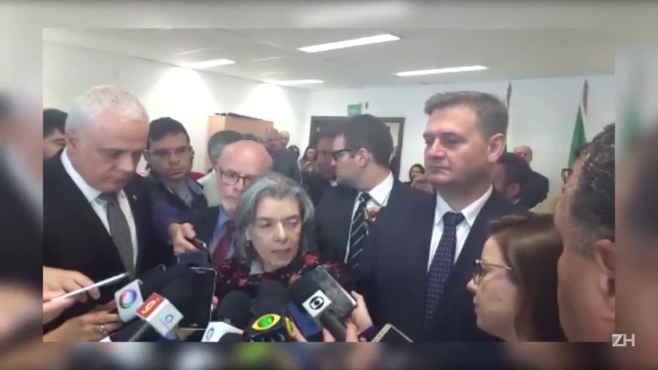 Ministra Cármen Lucia concede entrevista sobre a visita ao Presídio Central