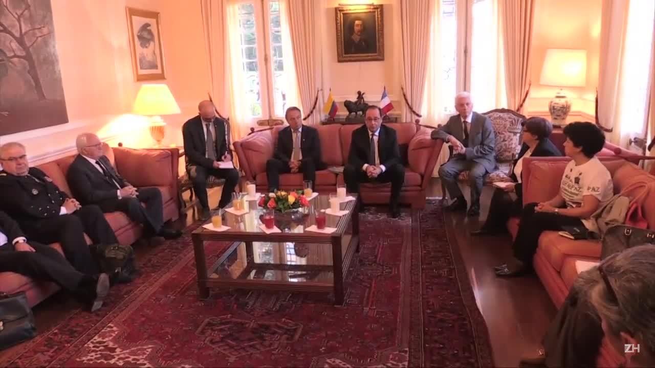 Hollande visita áreas de desarmamento das Farc
