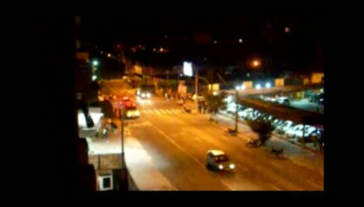 Confusão nas ruas Marechal Floriano e Tronca, em Caxias do Sul