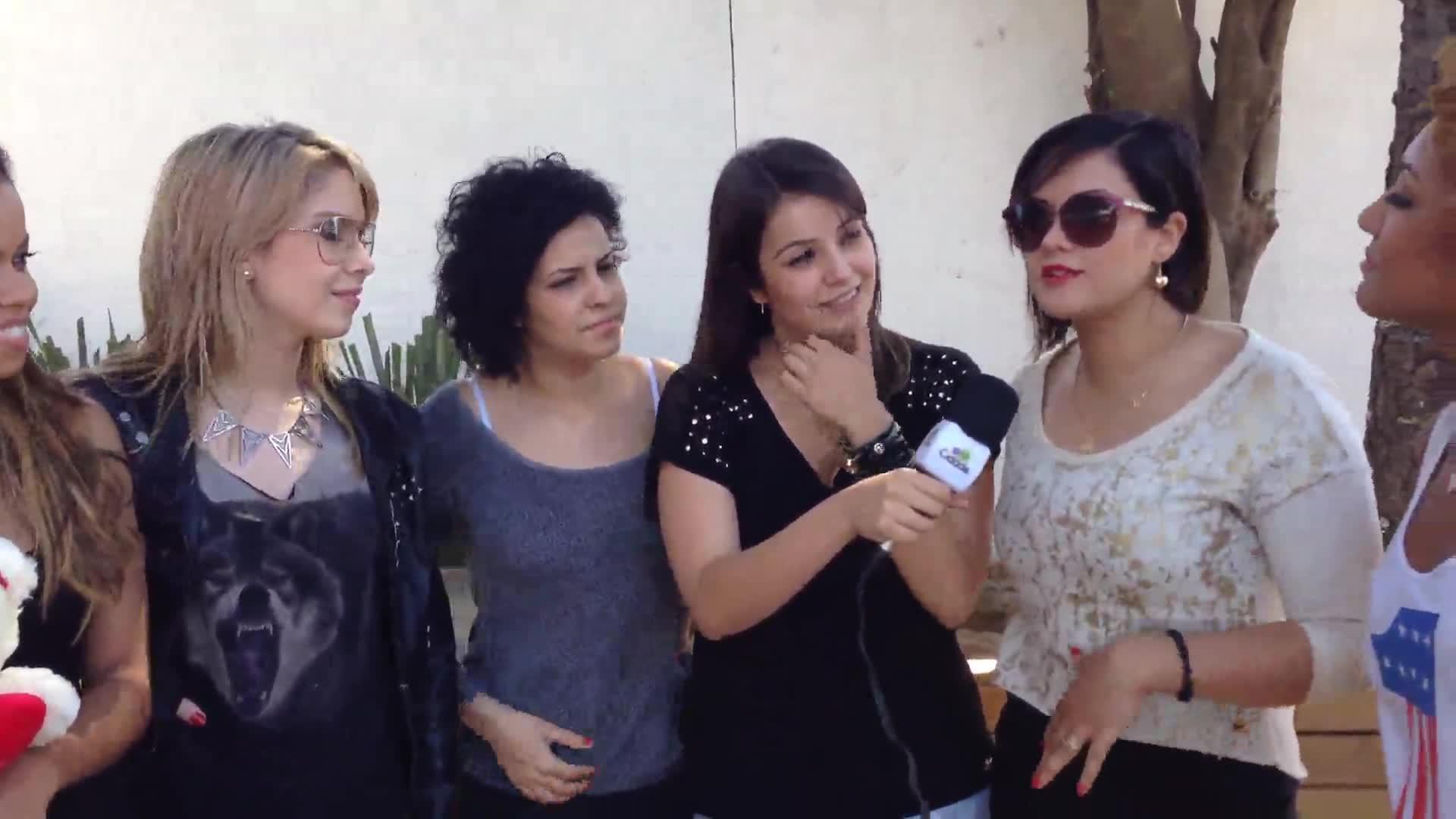 Juju Massena entrevista o grupo Girls