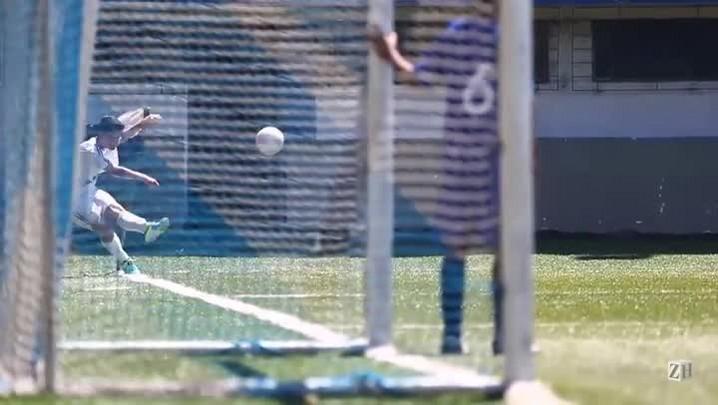 Extraclasse: conciliando a escola com o futebol
