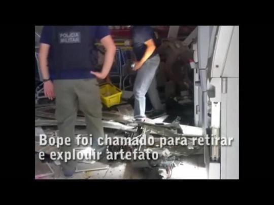 Bope detona dinamites usadas em tentativas de explosão a caixas eletrônicos no Litoral Norte
