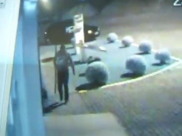 Criminosos tentam arrombar caixa eletrônico com maçarico em Flores da Cunha