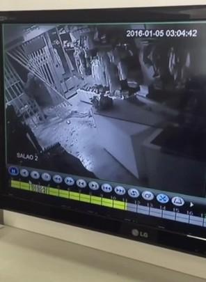 Loja de confecção infantil foi furtada no Estreito