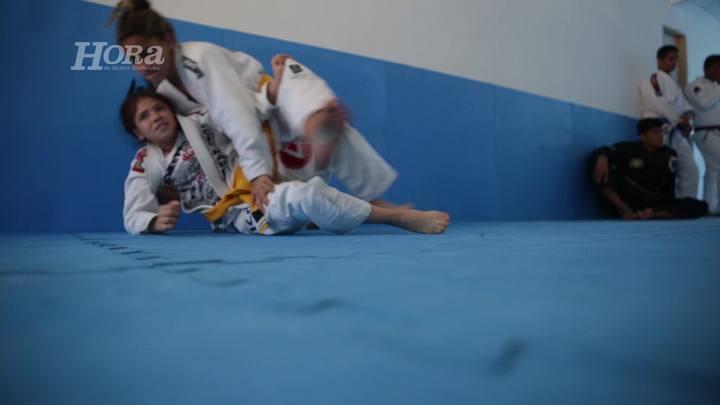 Projeto Social em Florianópolis forma campeãs mundiais de jiu-jitsu