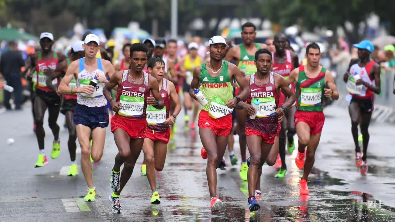 Queniano Eliud Kipchoge é ouro na maratona do Rio-2016
