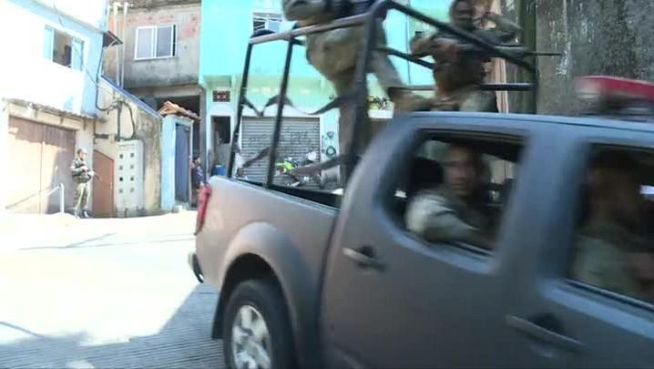 Polícia prende o traficante Rogério 157