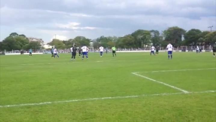 Sem Barcos, Grêmio vence no 1º jogo-treino com Enderson no comando. 18/01/2014