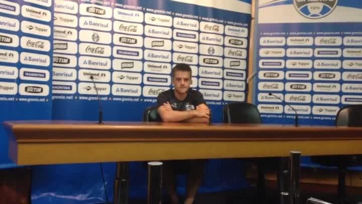 Ramiro fala sobre a nova função no time com entrada de Edinho. 01/02/2014