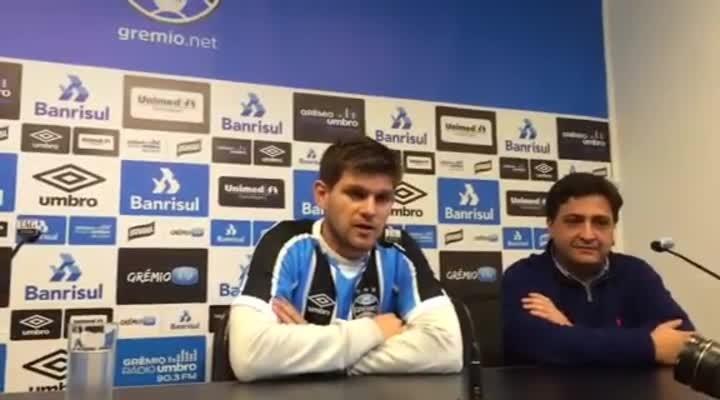 Kannemann fala na apresentação ao Grêmio