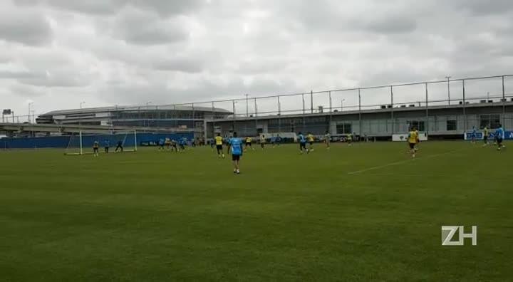 Grêmio faz último treino antes da final da Copa do Brasil