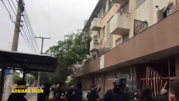 Polícia faz operação para combate ao tráfico em condomínio da Capital