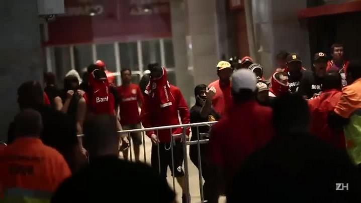 Torcedores entram em confronto após empate com o Criciúma no Beira-Rio