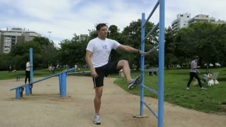 Aprenda um alongamento para fazer depois dos exercícios