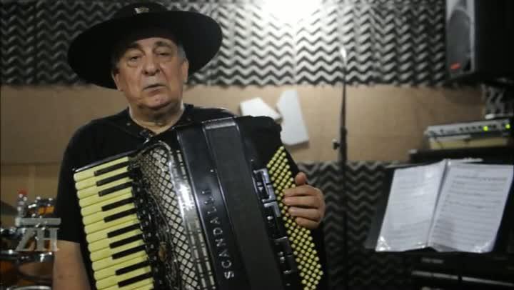 Luiz Carlos Borges relembra momentos marcantes dos 50 anos de carreira