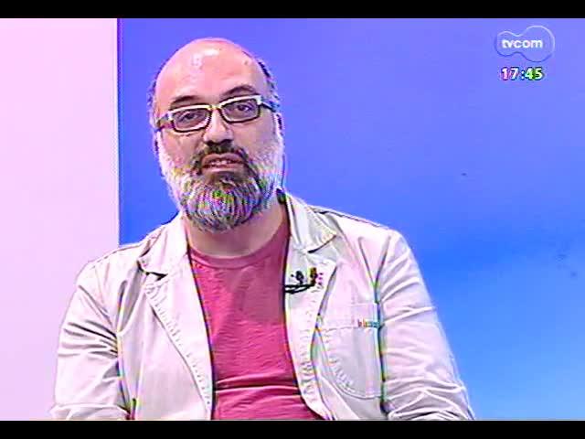Programa do Roger - Hique Gomes e Marcelo Piraíno falam sobre o espetáculo \'Rádio Eintracht\' - bloco 1 - 07/10/2013