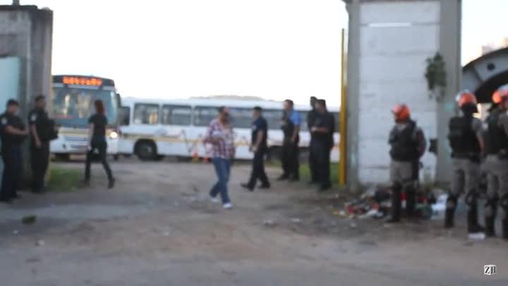 Manifestação em frente a Carris provocou atrasos nos ônibus de Porto Alegre