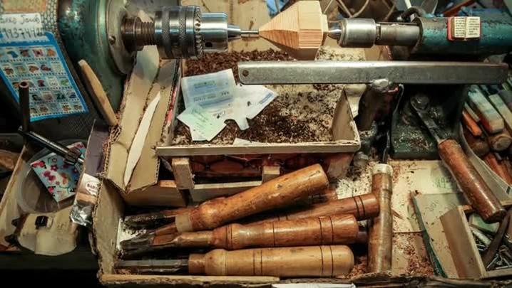 Feito à mão: a arte de fabricar instrumentos musicais de madeira