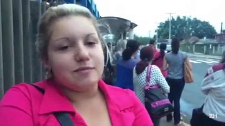 Moradora relata dificuldades devido à paralisação, em Canoas