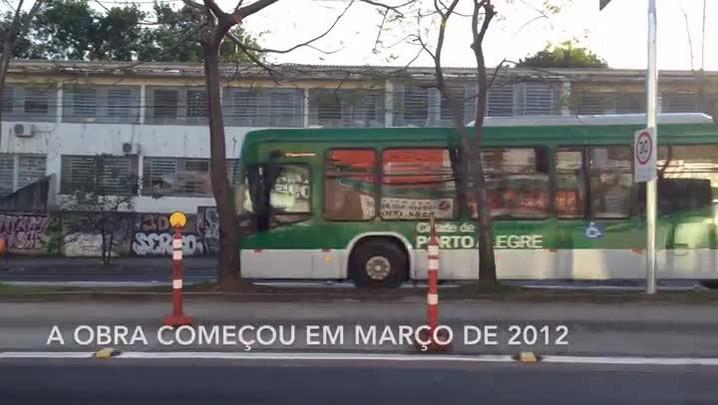 Corredor de ônibus da Bento Gonçalves é liberado