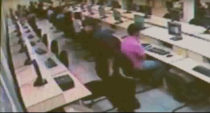Câmeras de segurança da UFSC flagram rapaz furtando computador
