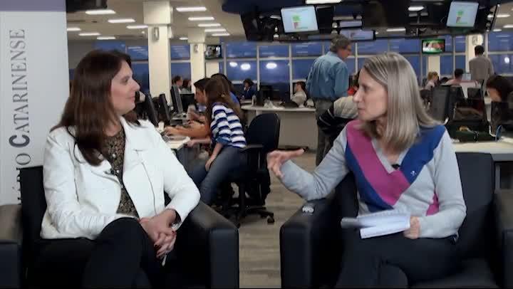 Estela Entrevista com gerente geral do CentroSul, Cristiane Martins Reitz
