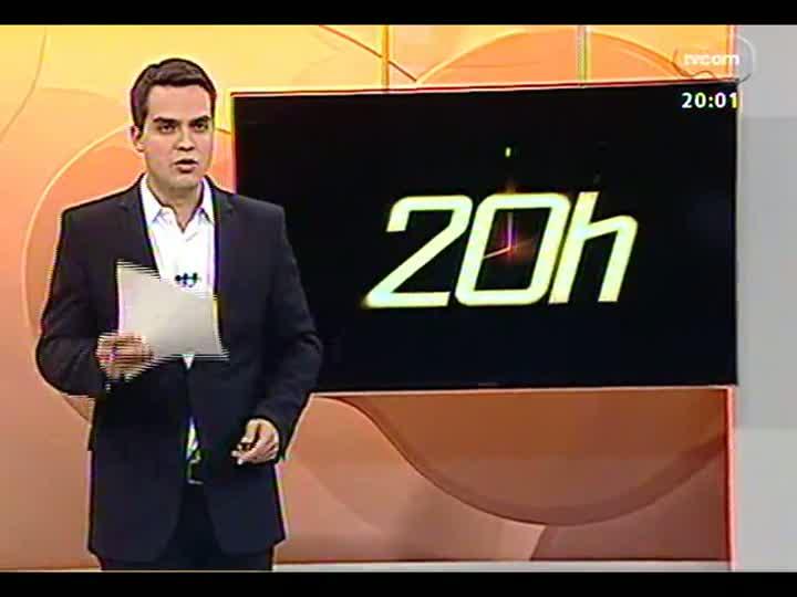 TVCOM 20 Horas - Entrevista com o comandante dos Bombeiros do RS, Guido Pedroso de Melo - Bloco 1 - 10/07/2013