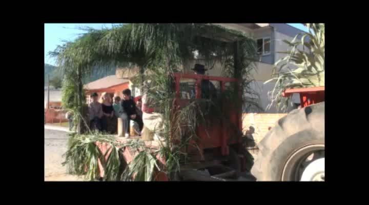 Desfile temático abre a Festival de Inverno em Vavle Vêneto