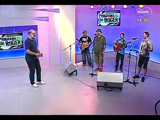 Programa do Roger - Bate-papo e o som da banda Maria Bonita - Bloco 2 - 12/12/2013