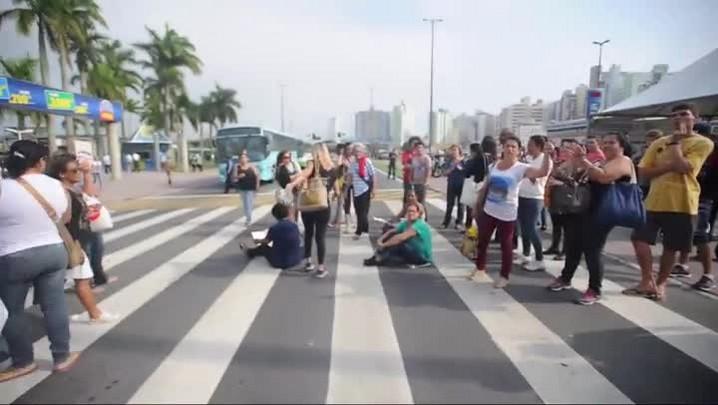 Confusão durante a paralisação do transporte público