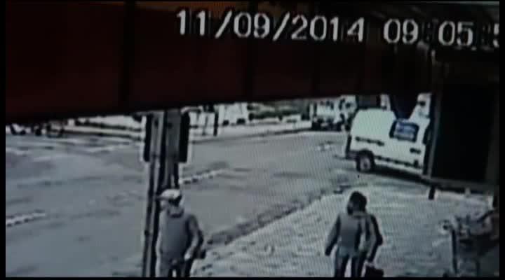 Acidente de trânsito esquina das ruas Silva Jardim e Visconde de Pelotas